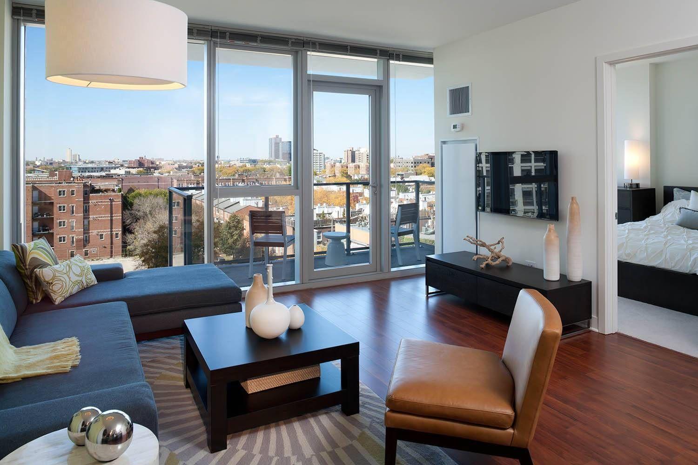 Chicago Apartment Decor