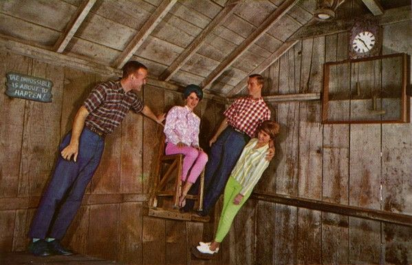 Knott's Berry Farm - The Haunted Shack (now gone)