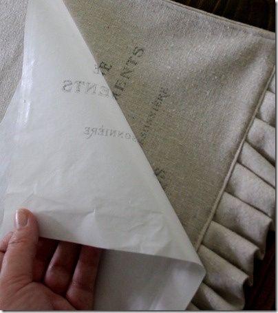 Imprimir en papel de cera y hierro sobre la tela.