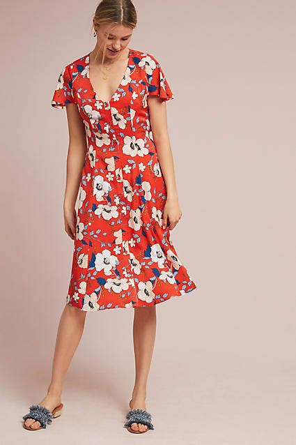 34fba0f4fd38 Anthropologie Regents Floral Midi Dress // Capsule Wardrobe, Style Tips,  Fashion, Minimal Style, Wardrobe, Boho Chic