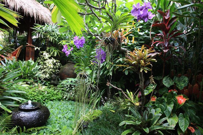 Dennis Hundscheidt\'s Balinese Garden, Brisbane: | Bali Style Court ...