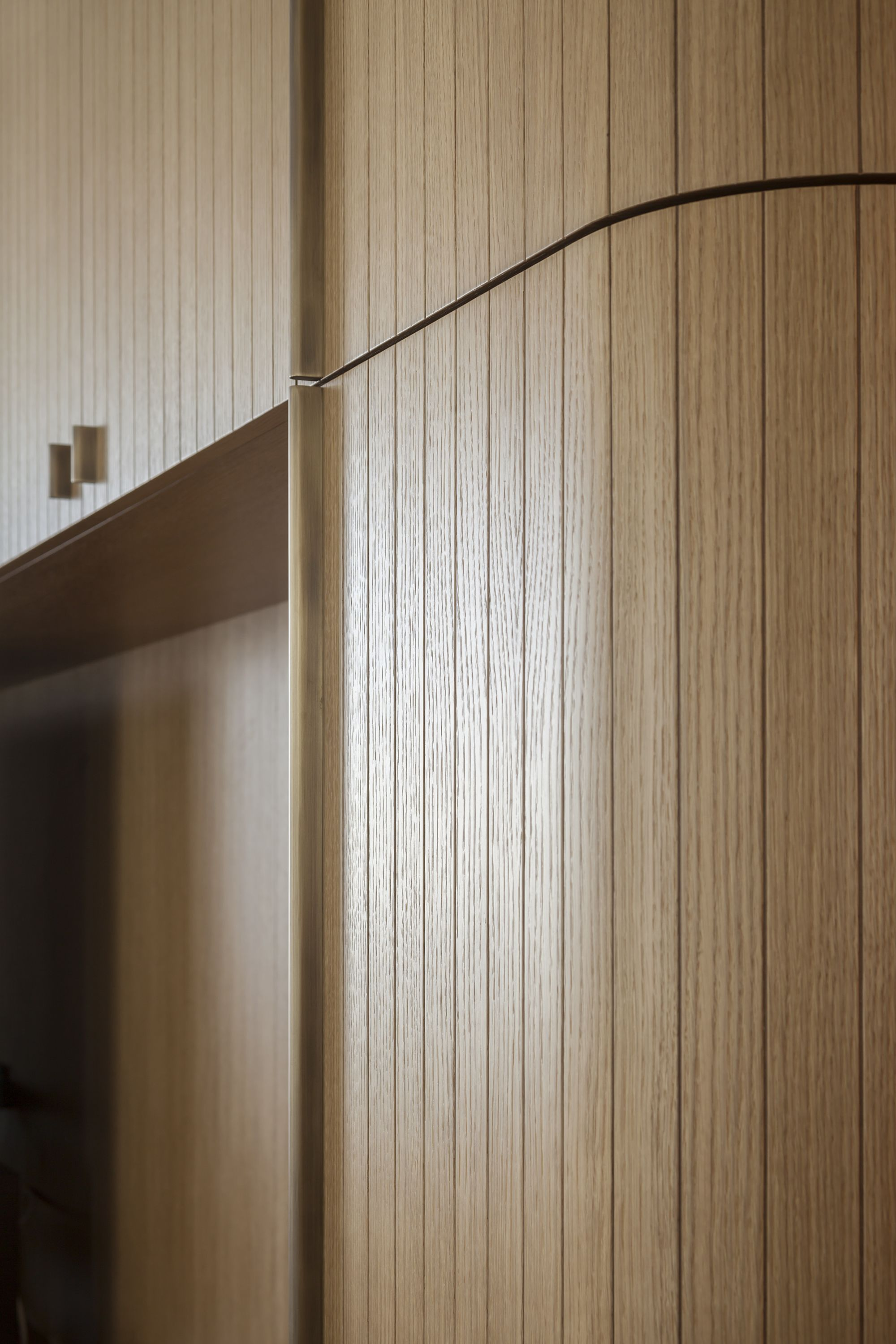 Pin By Charmian On 傢 Furniture Wall Paneling Timber