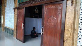 Contoh Pintu Kayu Geser Masjid Kiai Hasan Mukmin Sidoarjo Pabrik