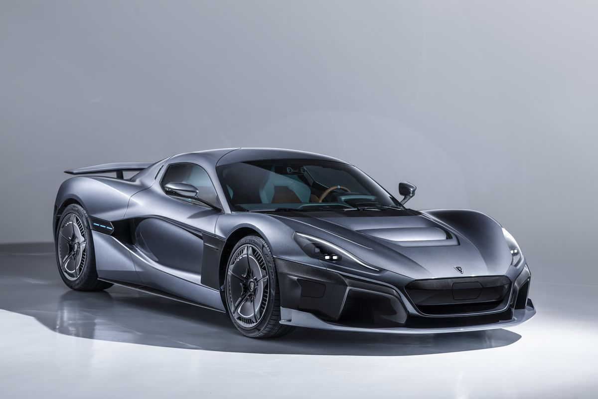 Hypercar Vs Supercar What S The Difference Man Of Many Super Cars Geneva Motor Show Car