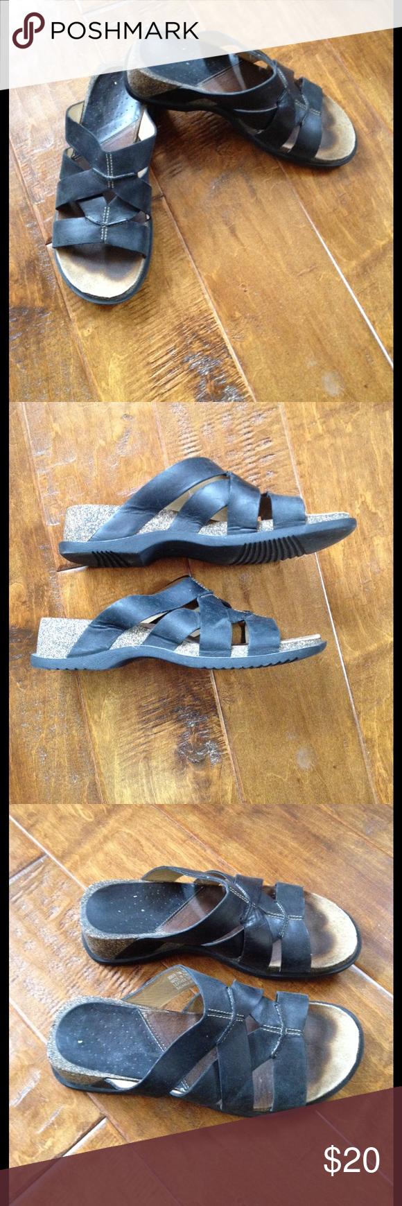Clark's Black Leather Shoes Slides Sandals 7 Super comfortable. Quality Clark's sandals. Size 7. Clark's Shoes Sandals