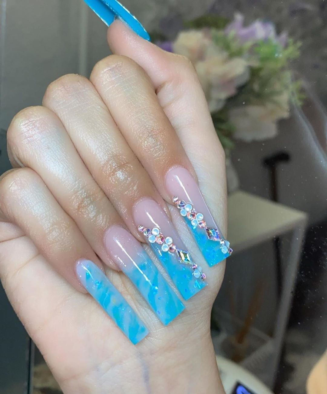 "Nail Heaven. 😍 on Instagram: ""🌊- follow @theynaildit for more daily nail content and inspo.  nailtech; @meldoesit24 ✨✨  -  -  -  #naildesigns #nailinspiration #nailinspo…"""