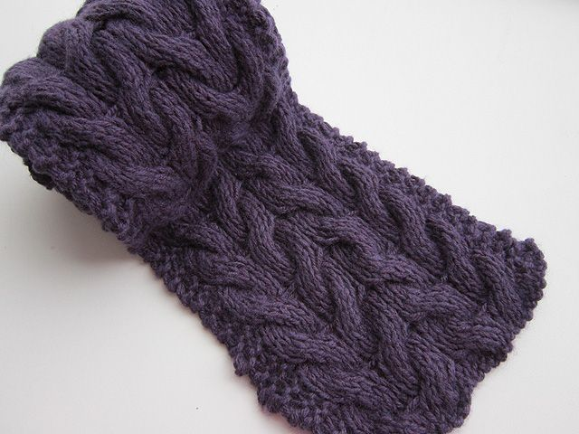 Free Pattern: Cabled Scarf | Tejido