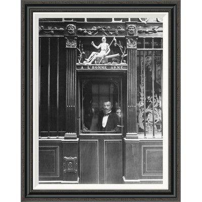 Global Gallery 'Paris, 1900 - Restaurant, rue des Blancs Manteaux' by EugÍÎne Atget Framed Painting Print Size: