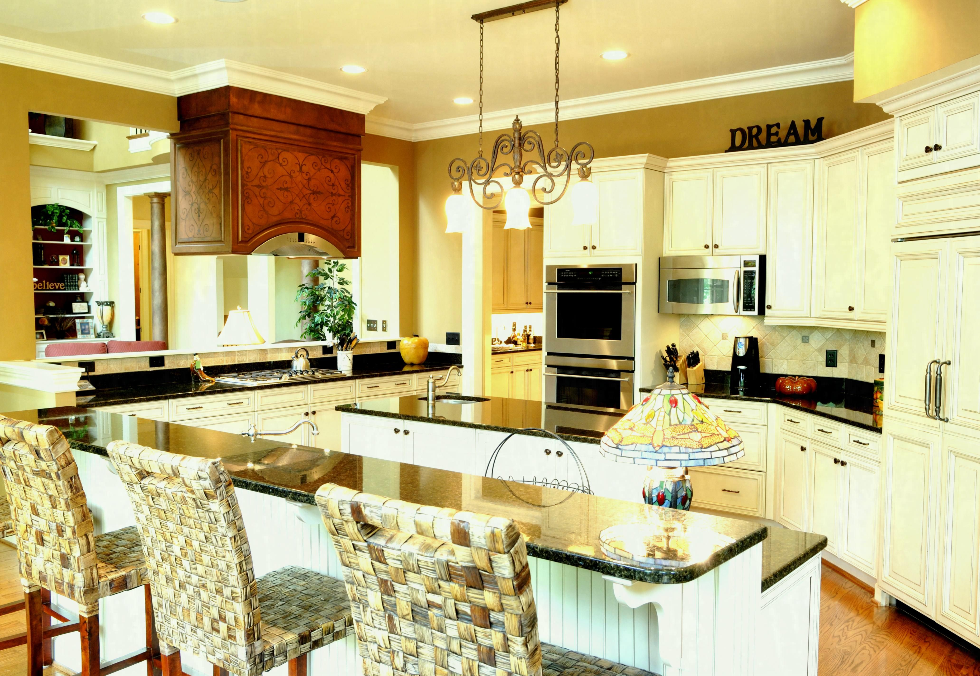 Choosing White Kitchen Cabinets Ideas Eva Furniture Spacious Country With