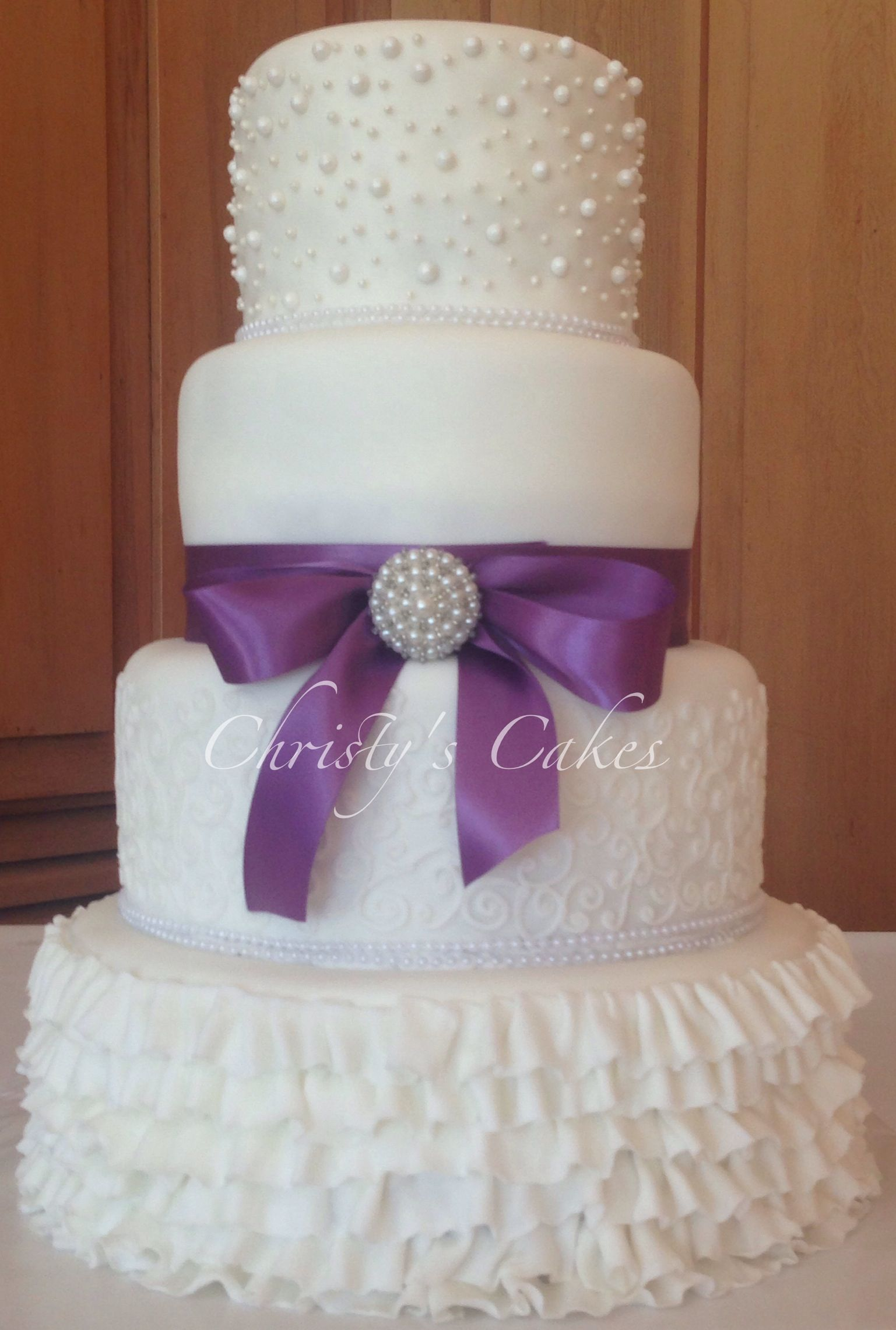Another purple themed wedding cake wedding cakes pinterest