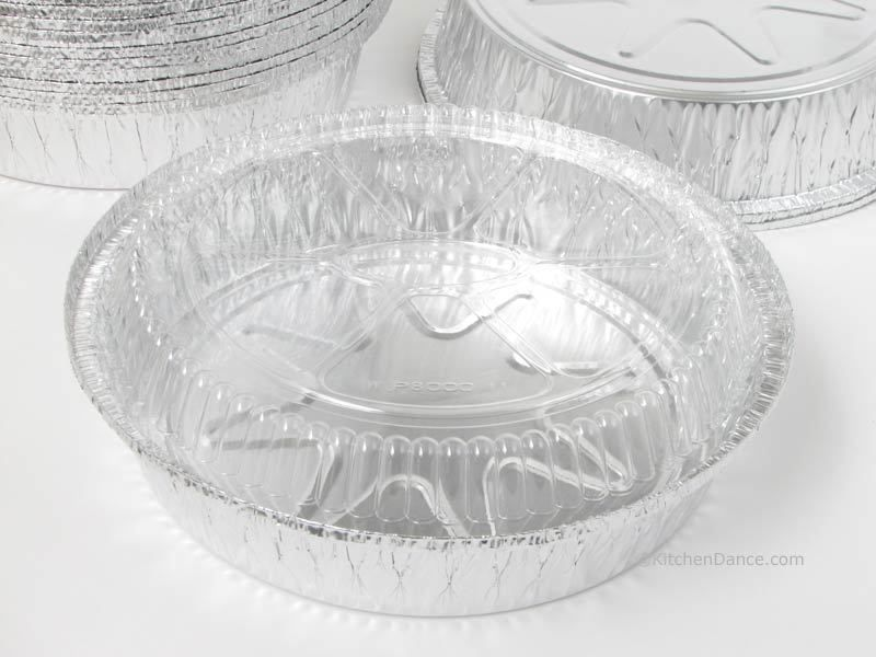 8 round carryout disposable foil container with dome lid