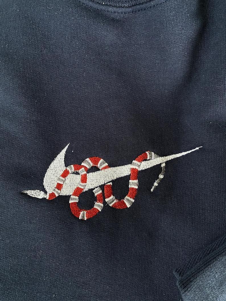 Custom Nike Embroidered Sweatshirt Snake Crewneck Embroidery Etsy Clothes Embroidery Diy Diy Embroidery Shirt Embroidery Hoodie [ 1059 x 794 Pixel ]
