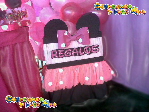 Caja de regalos Minnie Birthday Minnie | Ideas de manualidades ...