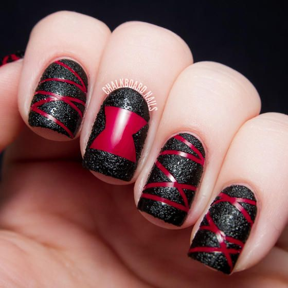 You Ll Look Like Such A Bad If Rock This Black Widow Nail Art