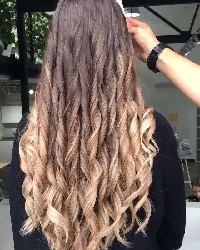 13 wavy hair ideas