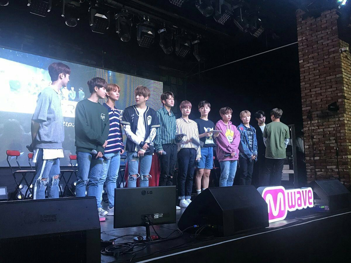 Wanna one at mwave meet and greet wanna one pinterest wanna one at mwave meet and greet kristyandbryce Image collections