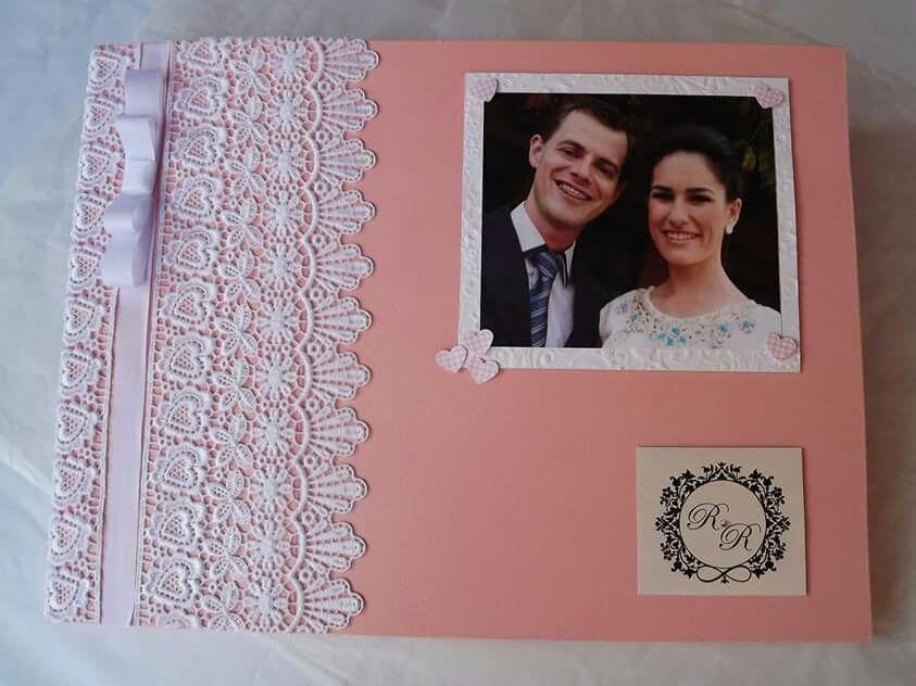 Livro de assinaturas para casamento.