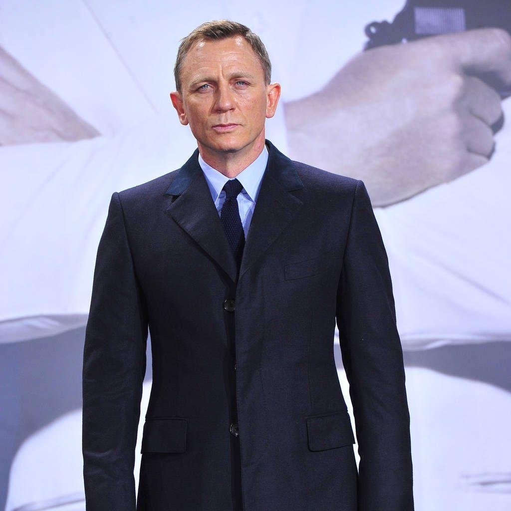 On Connait La Date De Debut De Tournage Du Prochain James Bond Voice Urban Fashion Suit Jacket Jackets