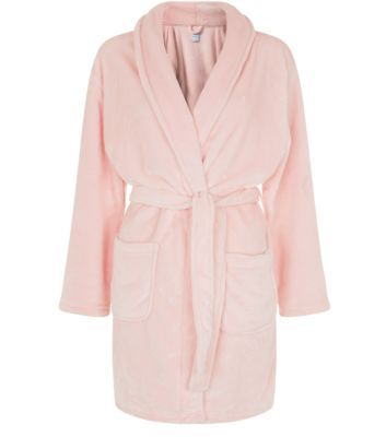Pink fluffy dressing gown (New Look). | fashion & style: pyjamas ...