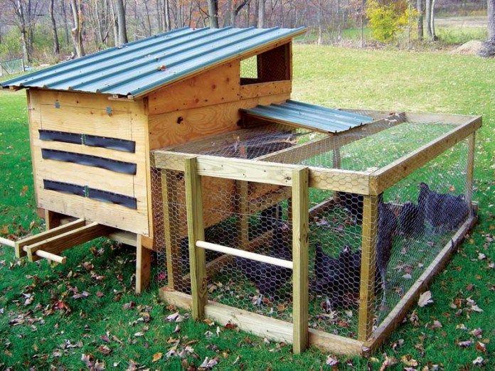 fabriquer un poulailler avec des palettes de r cup ration fait maison2 moveable chicken coop. Black Bedroom Furniture Sets. Home Design Ideas