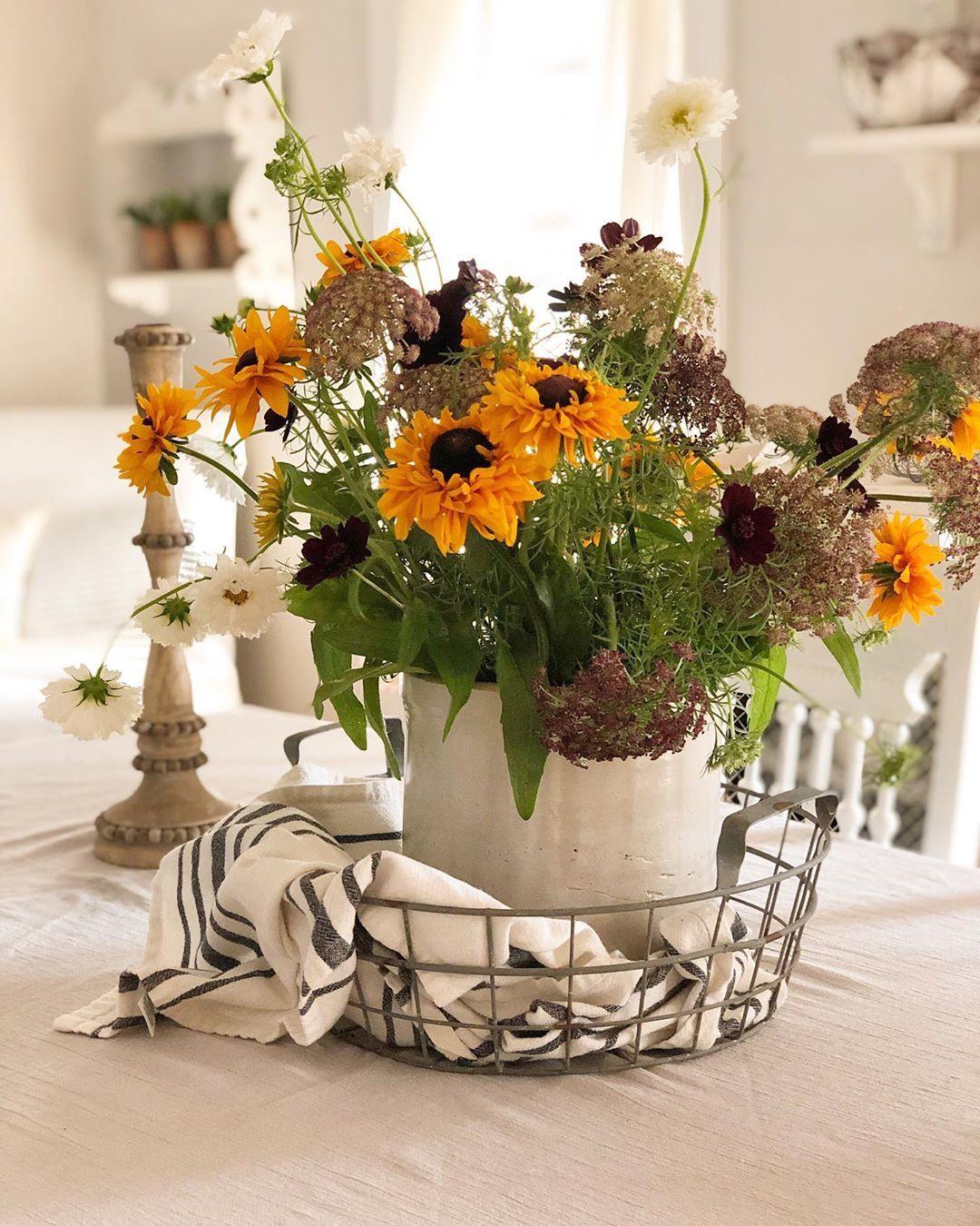 "Bethany on Instagram ""Farm fresh flowers right from Rhode"