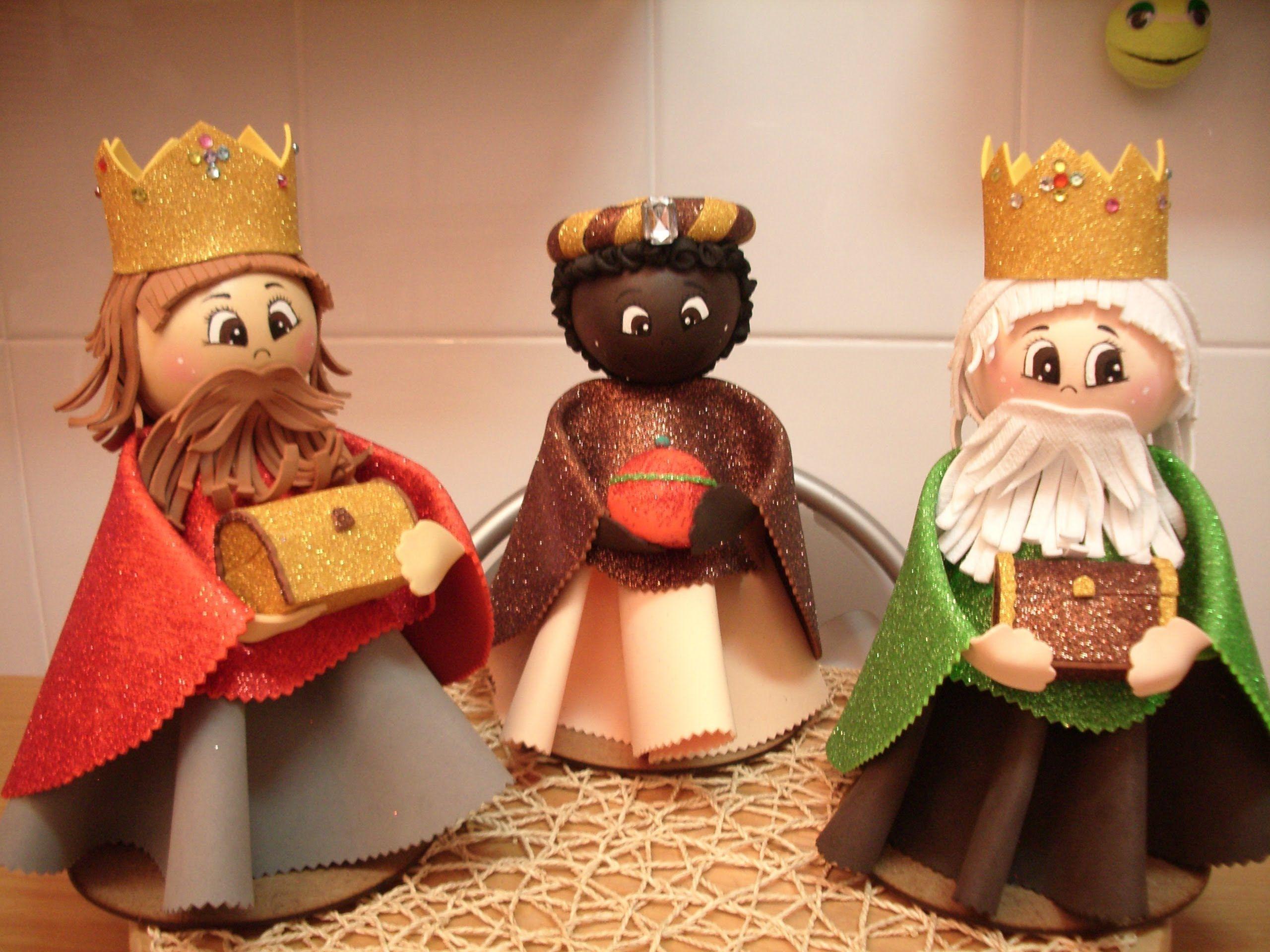 Como hacer fofuchos reyes magos tareas navidad goma - Decoracion navidad goma eva ...