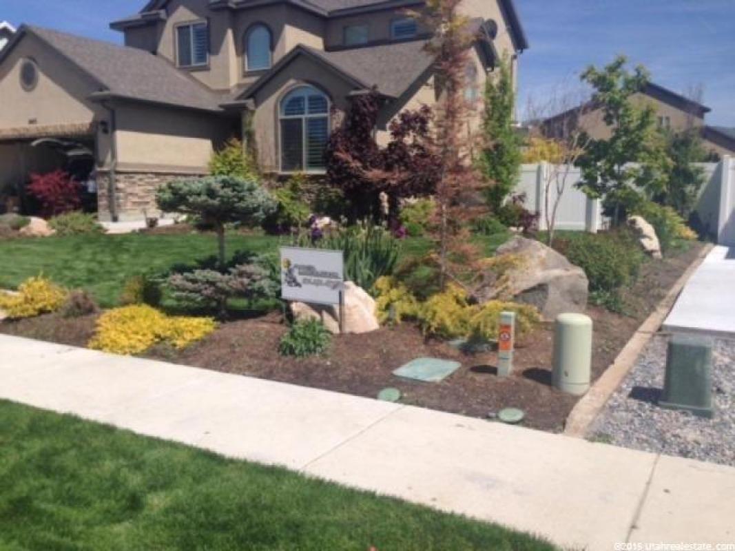 1443 S 2095 W, Woods Cross, UT 84087  $359,900 Home SOLD! To see more homes for sale in Utah visit BuyAHomeInUtah.com!