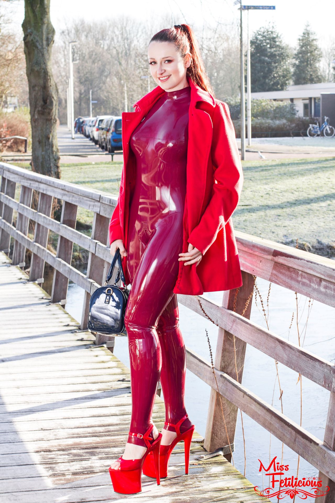 let s take a nice sunday walk with me latex latex pinterest latex nice and catsuit. Black Bedroom Furniture Sets. Home Design Ideas