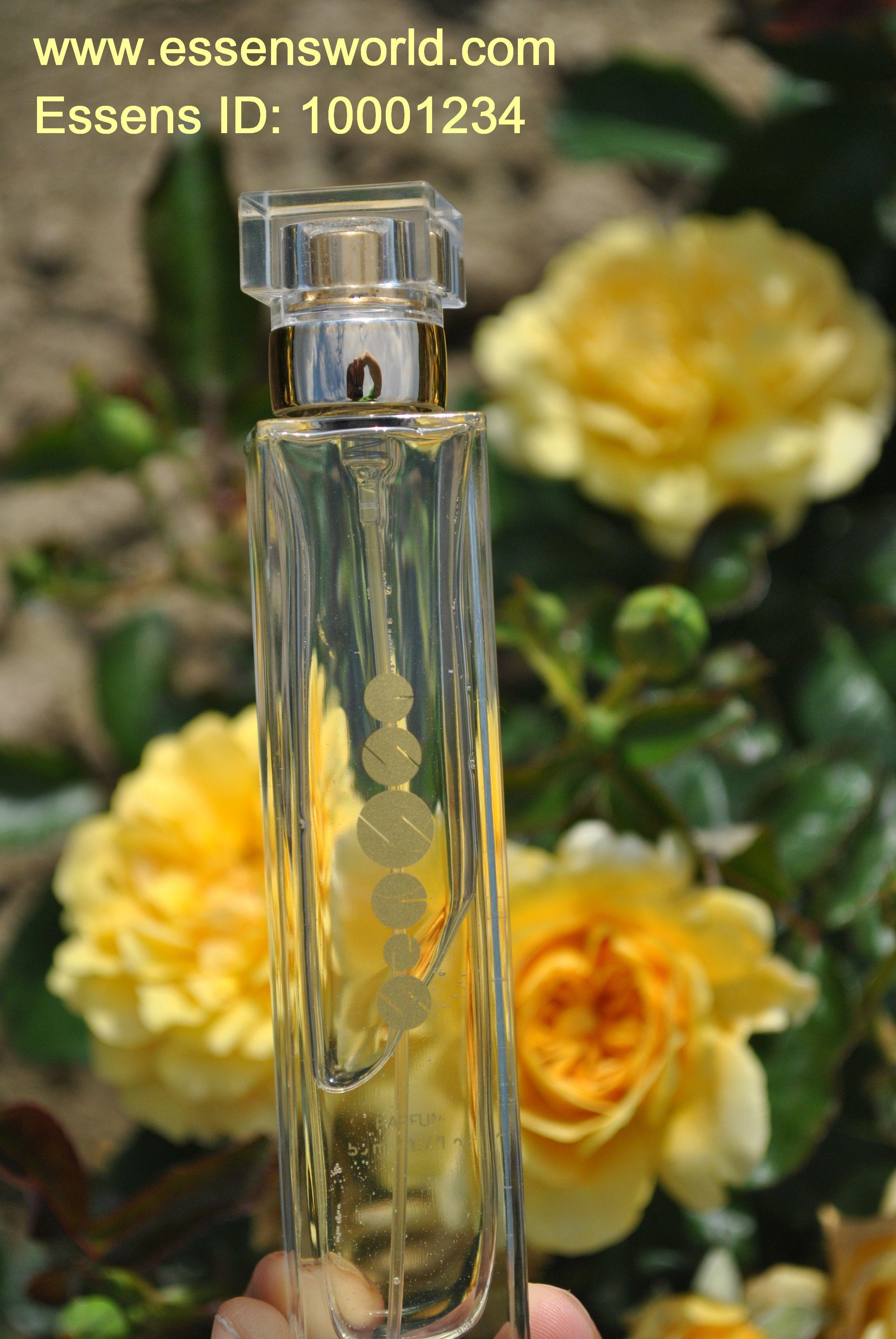 Levné Essens parfémy na období jaro a léto Probuďte svoje smyysly Essens vůní. emoce a vzpomínky, které jsou dokonce intenzivnější, než zrakové. Vůně působí na naše smysly i náladu, ovlivňují naše emoce, dokáží povzbudit a dokonce pomáhají proti depresím. Záleží na esencích, které parfémy obsahují. Vůní a esnecí z výtažků z různých rostlin se využívá i v léčebné a relaxační aromaterapii. Každá vůně je jedinečná a může podtrhnout Vaši osobnost - http://essensclub.cz/jarni-a-letni-vune-essens/