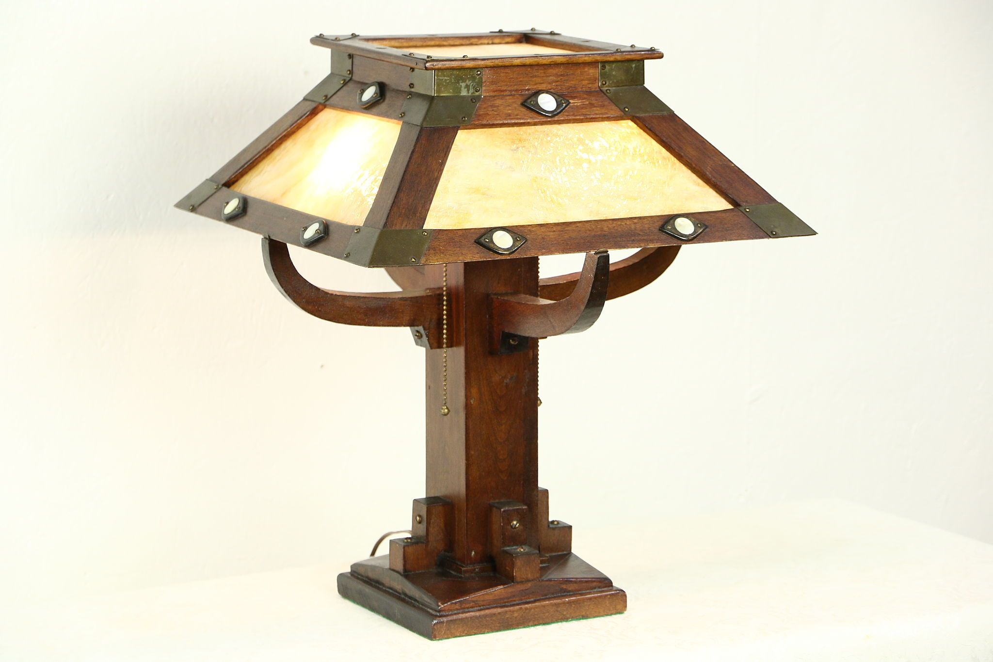 Arts & Crafts Mission Antique Stained Glass Craftsman Lamp
