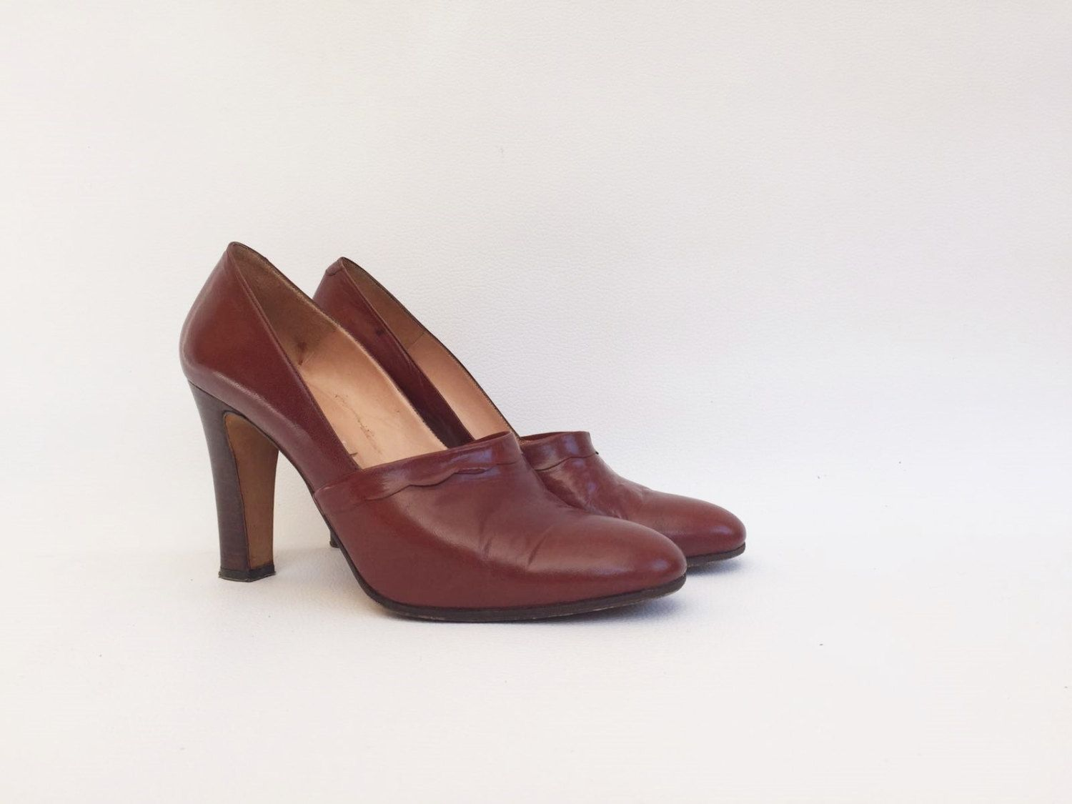 Leather Chestnut Pumps / 1970 Brown Fabric Pumps / Vintage 70s Heel Shoes /  Shoes 1970 with heel / Shoes EU 38,5, USA 7,5, UK 5,5