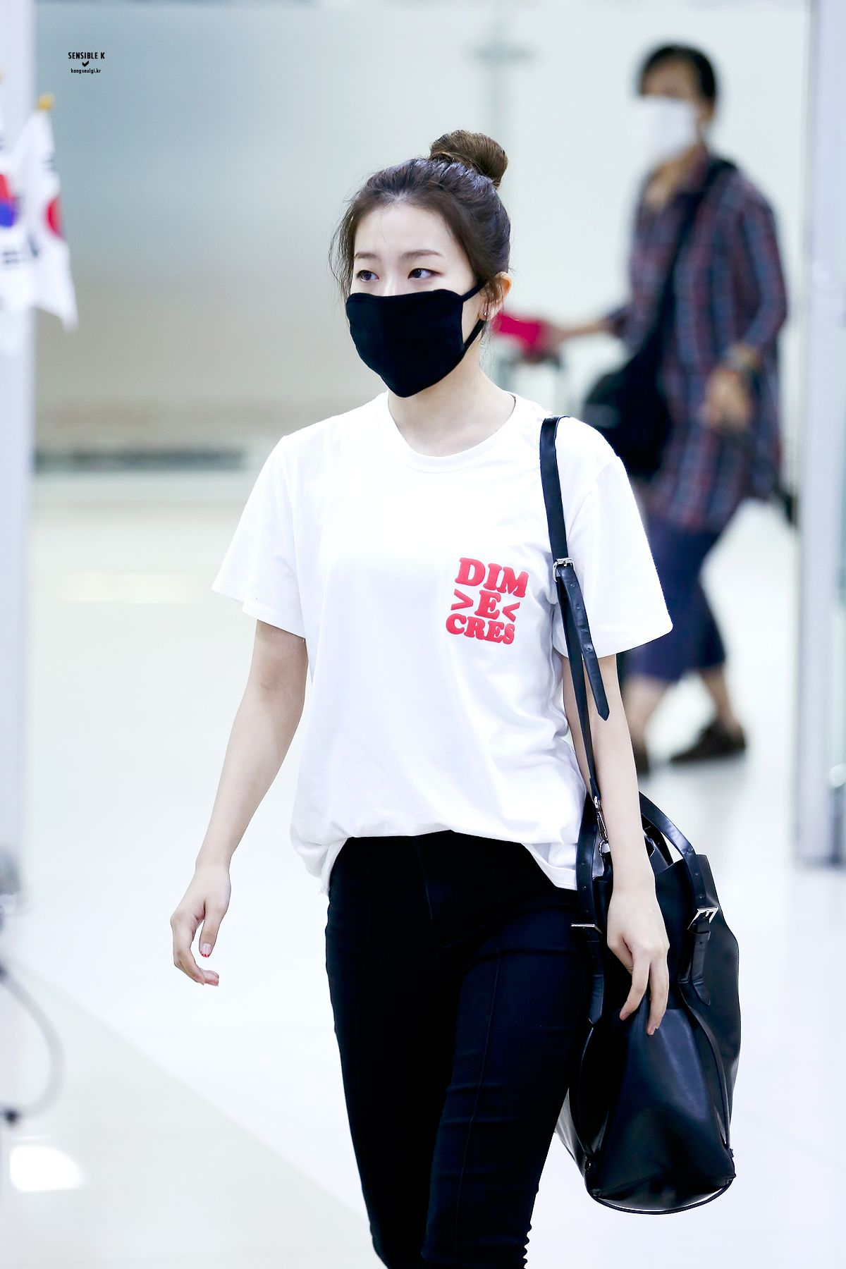 Seulgi Fashion Seulgi Airport Fashion Seulgi Airport 2016 Red Velvet Seulgi 2016 Seulgi Outfits Kpop Idol Airport Fashion Seulgi Dance Seulgi Fashion Inf