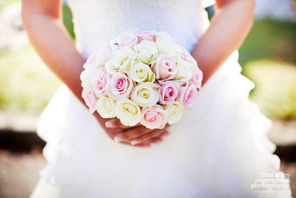 Une Mariee Un Bouquet Par Severine Mariage Pinterest Wedding
