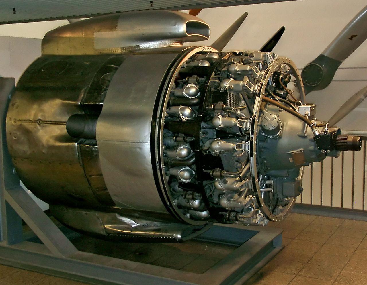 Wright R3350 DuplexCyclone turbo compound engine