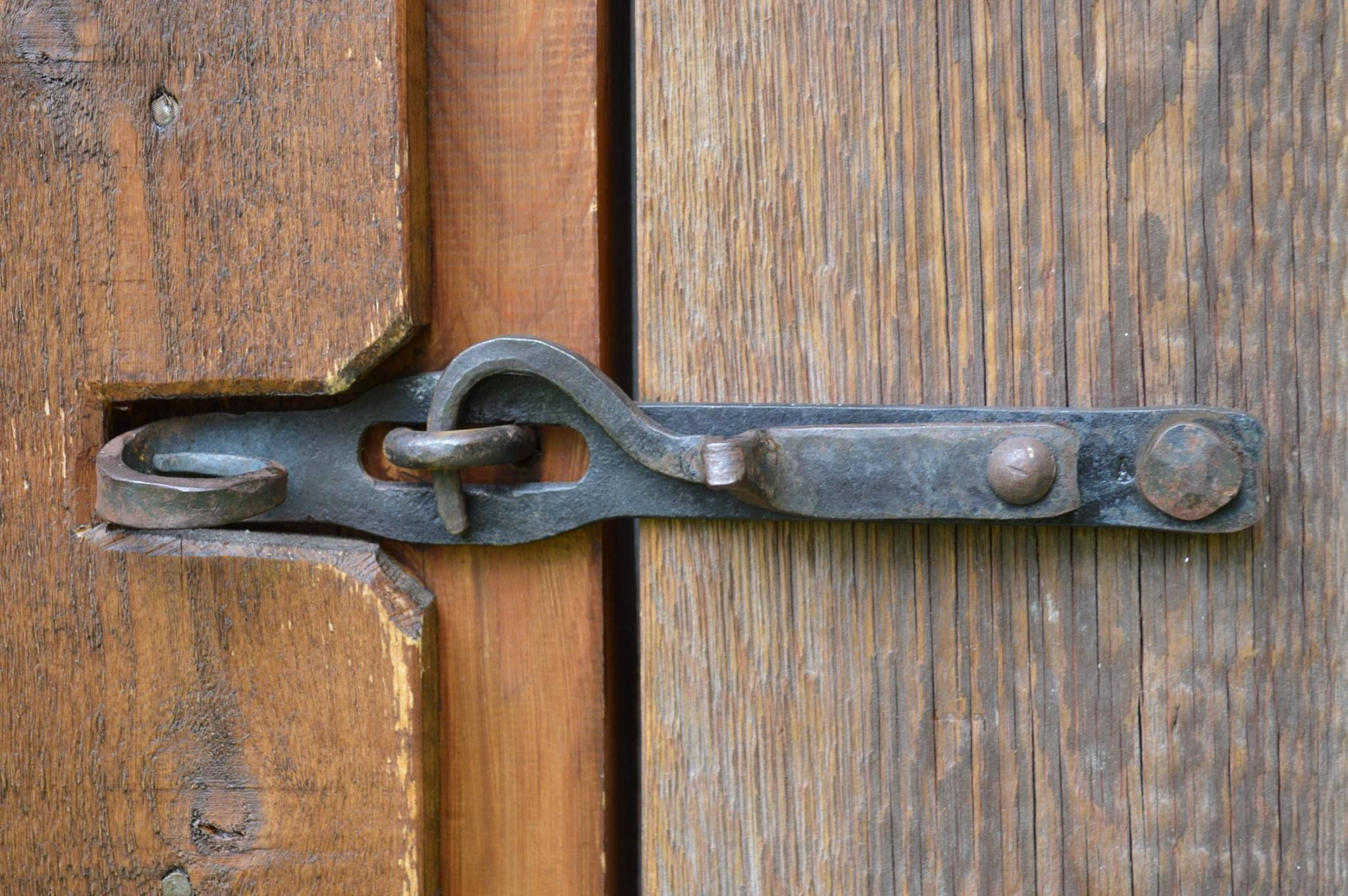 VINTAGE OLD ENGLISH COUNTRY COTTAGE STYLE RING GATES DOORS SHEDS LATCH HANDLES