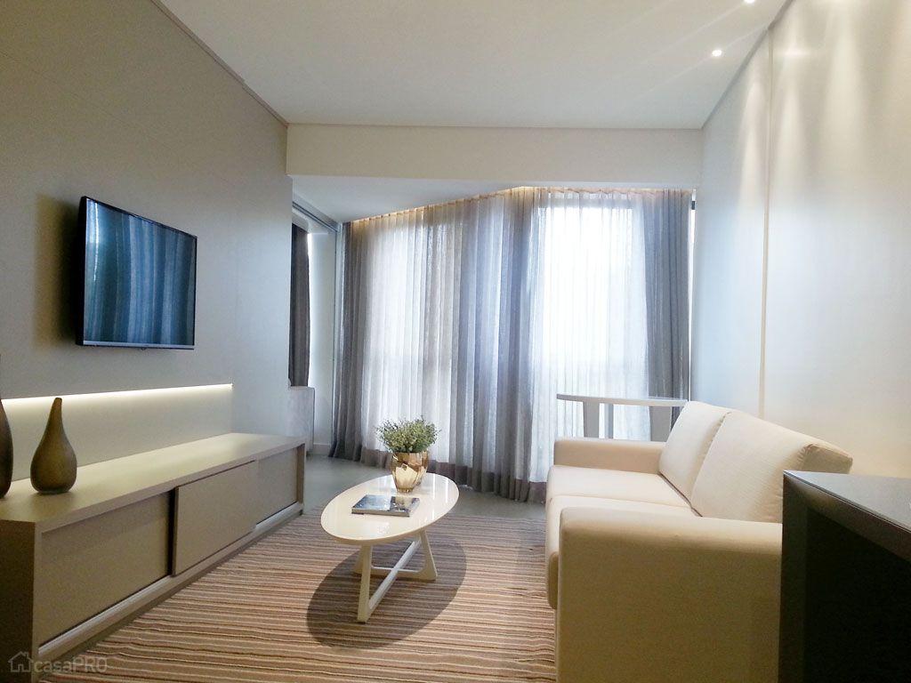 #614D29 68 salas de estar pequenas projetadas por profissionais de CasaPRO  1024x768 píxeis em Decoração Sala De Estar Tapetes