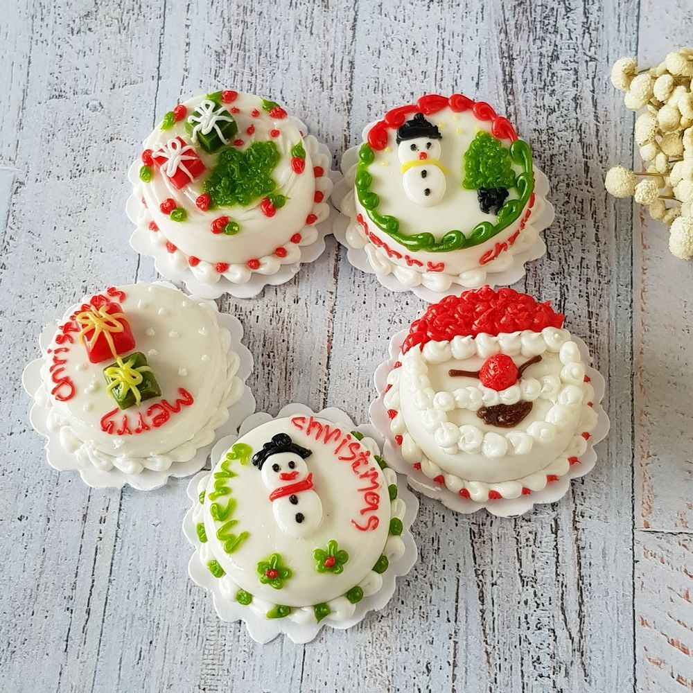 5x Christmas Cake Mix Lot Dollhouse Miniature Food Bakery