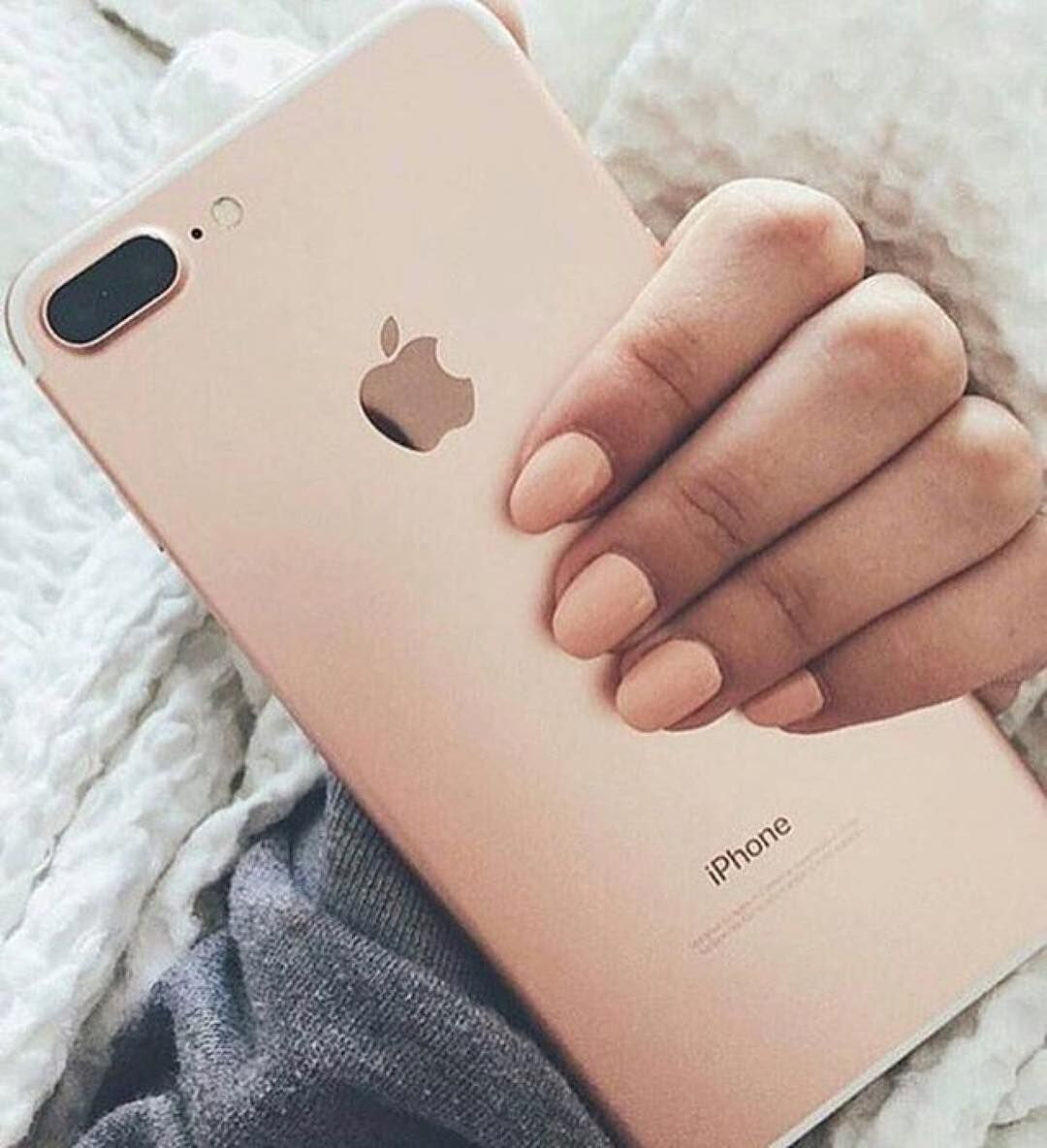 Gold or rose gold ip7? Follow @unnito_ - @fashionactive @fashion ...