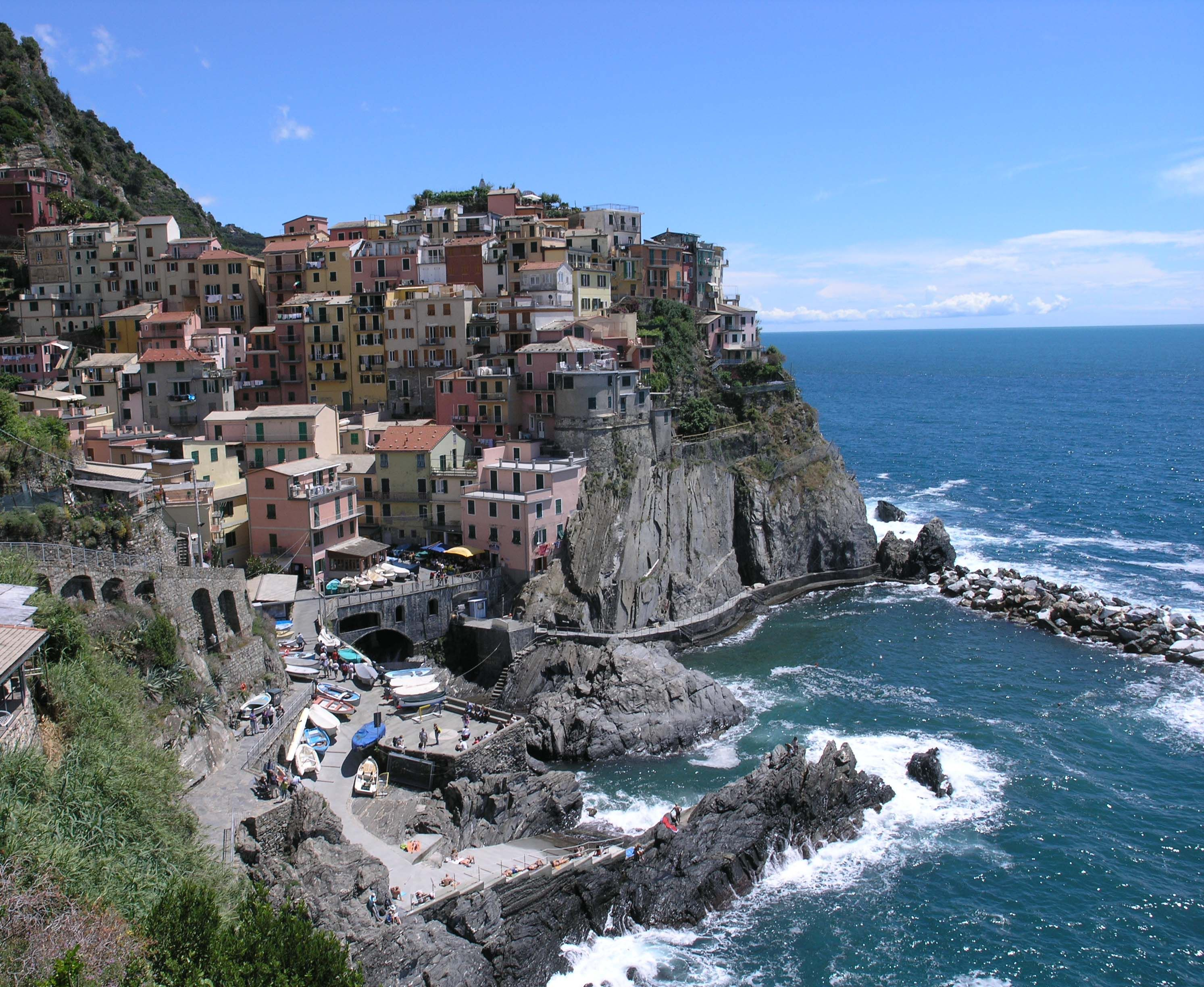 Manarola Cinque Terre Italy One Of The Best Times In My Life Luxury Hotelscinque