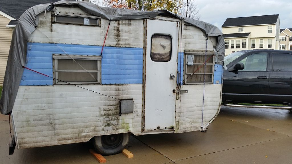 A New Project 1967 Go Tagalong Camper My Husband Found At A Used Car Lot Vintage Camper Recreational Vehicles Car Lot