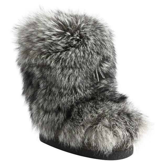 Brunello Cucinelli fox fur moon boots–and 17 more stylish winter boots for the cold season ahead