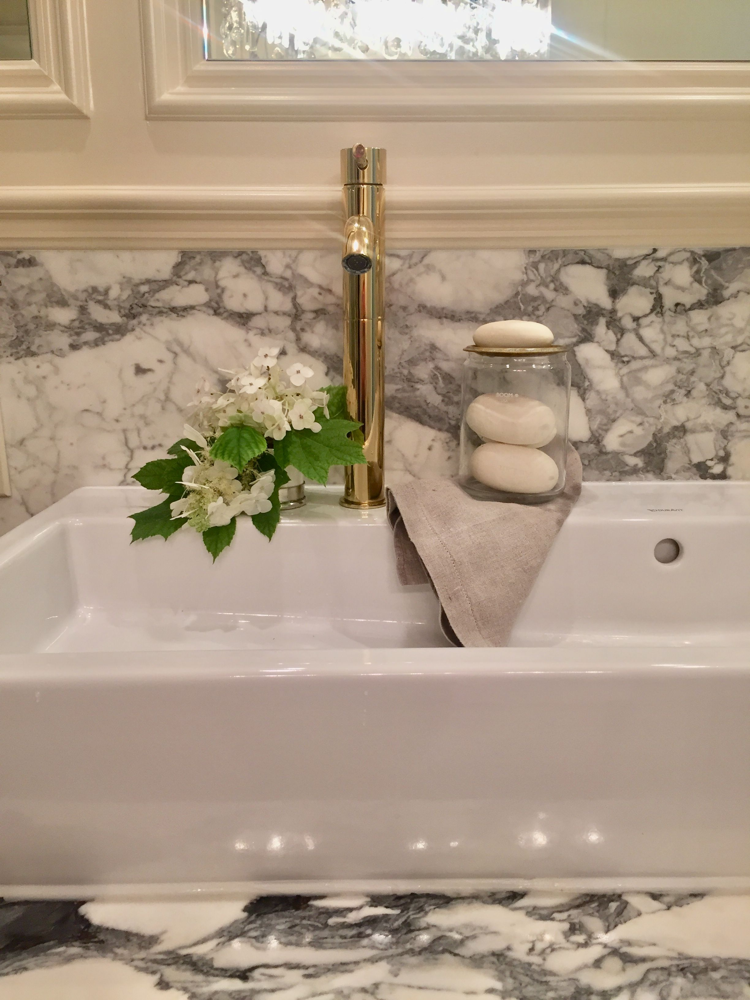 Statuario Marble Slab Backsplash Ligne Crystal Chandelier, Freestanding  Modern Duravit Double Sink And Oversized,