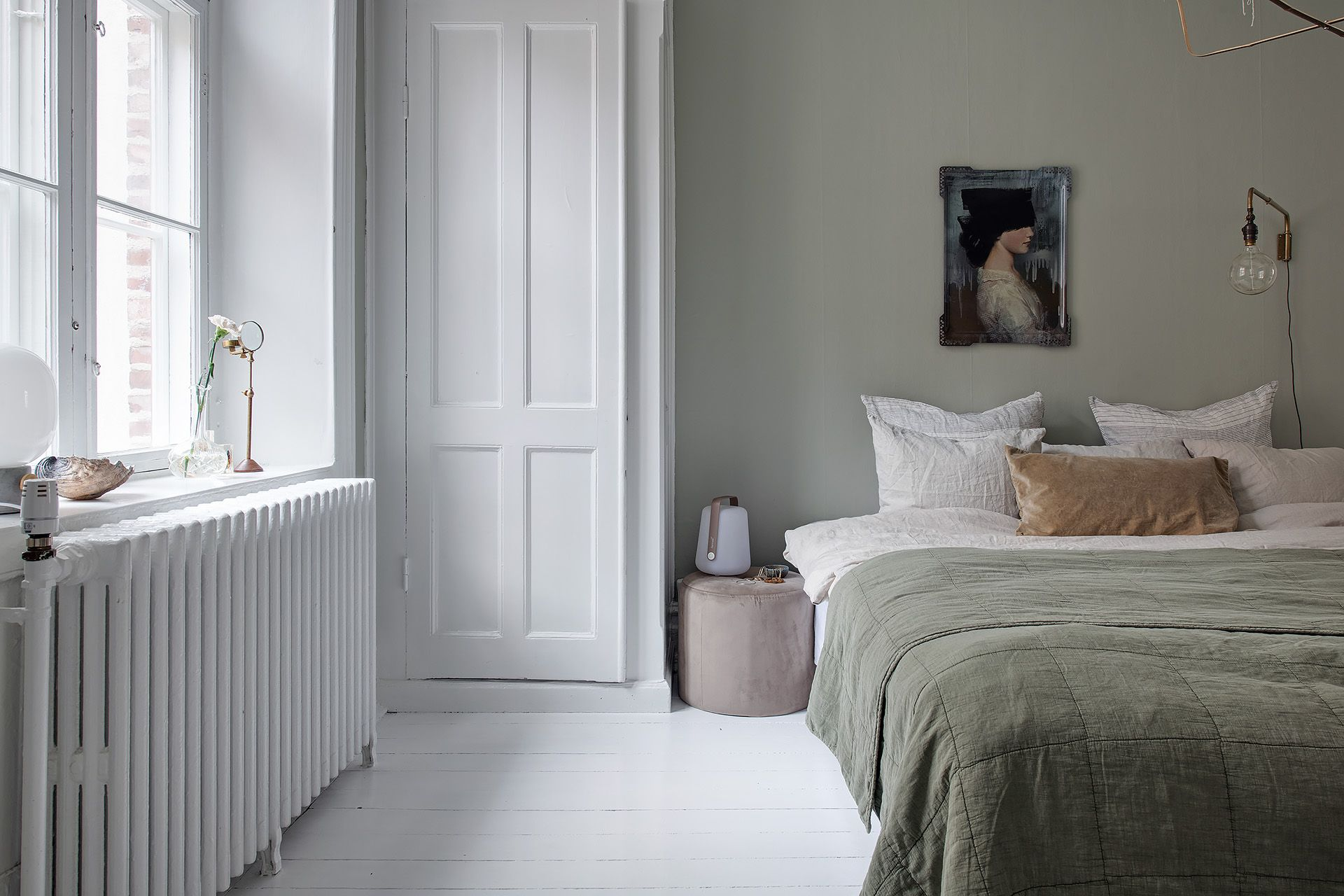 Bedroom In Pale Green Coco Lapine Design Bedroom Design Bedroom Green Bedroom Wall
