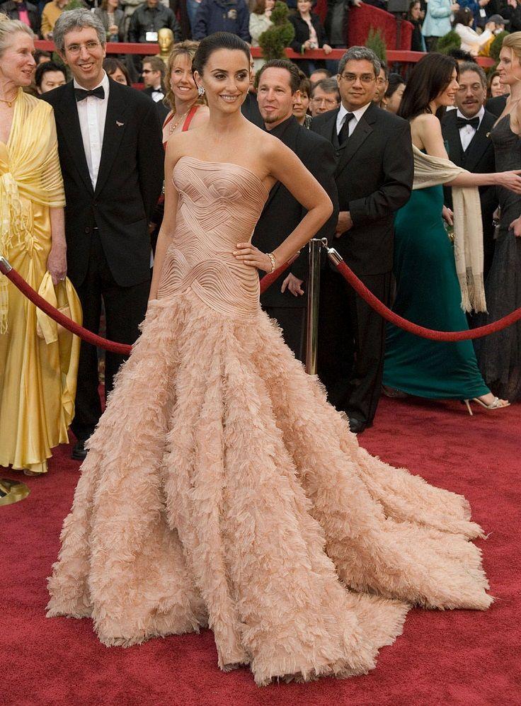 Top 10 Best Oscar Dresses of All Time | P a r t y G i r l ...