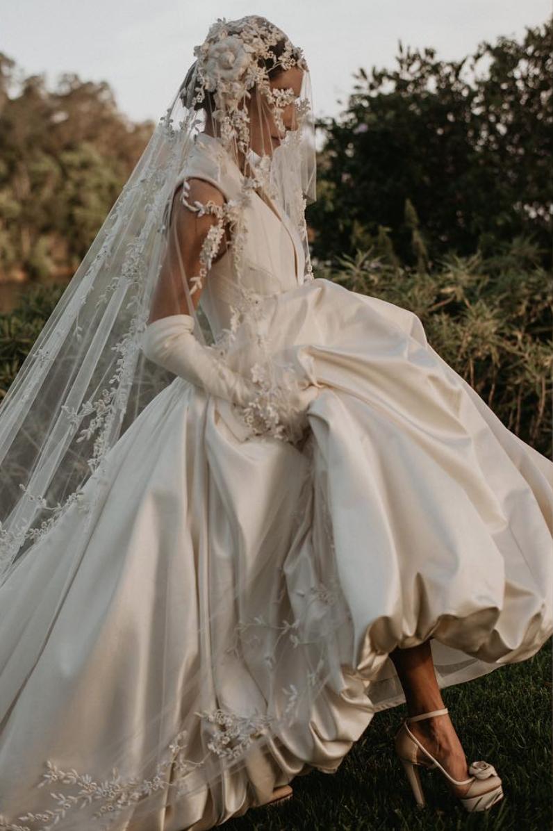 The Veronicas Lisa Logan Huffman S Wedding In Vogue Grunge