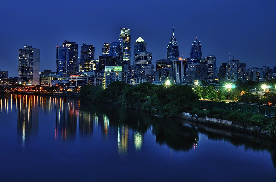 ✮ Philly Skyline