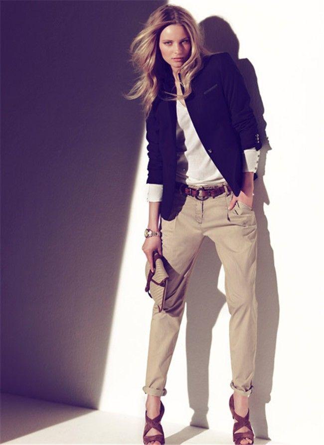Colección primavera - verano 2011 de Massimo Dutti: pantalón beige ...