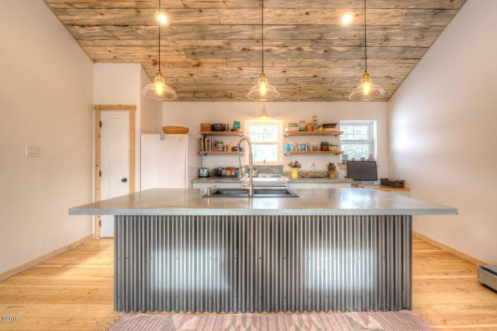 View This Great Rustic Kitchen With Pendant Light U0026 High Ceiling In  Hamilton, MT. The Home Was Built In 2015 And Is 1120 Square Feet.