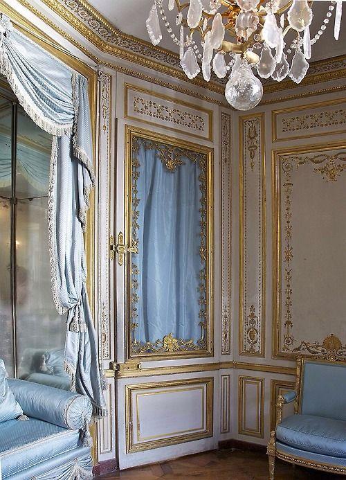 """A door in the """"cabinet de la méridienne"""" in the """"Petits appartements de la Reine"""" in Château de Versailles, France"""