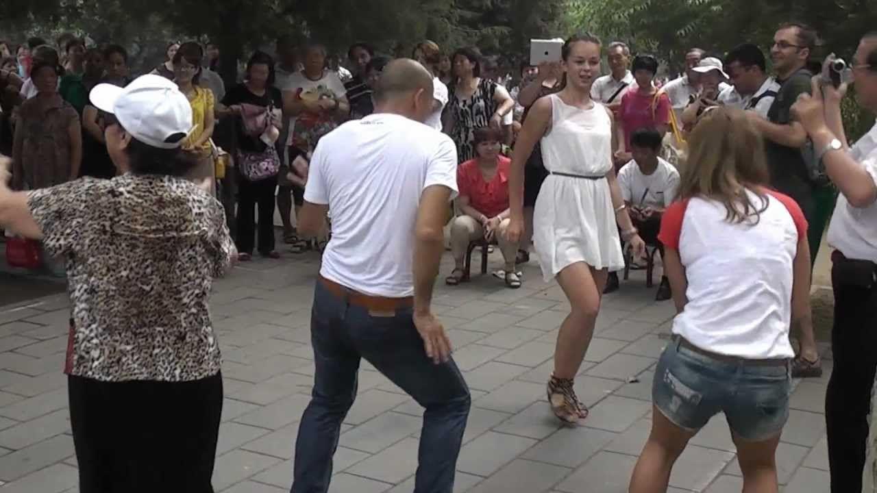 Modern Talking Street Dance Temple Of Heaven Beijing Un Curso